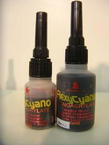 Tyre Glue ` Flexy Cyano ` Rubber toughened cyanoacrylate super glue for model car tyres rubber